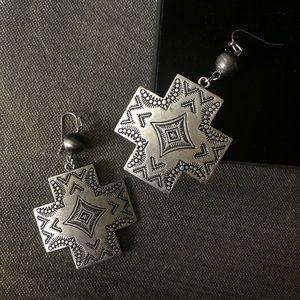 NWT -  Aztec & Navajo pearl Southwestern Earrings